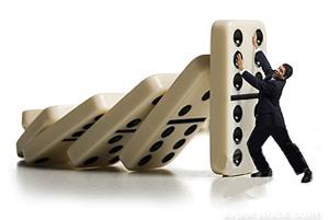 dominoe stop